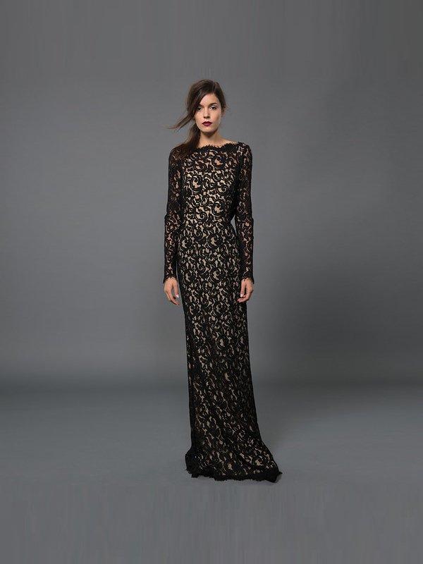 Вечернее кружевное платье в пол.