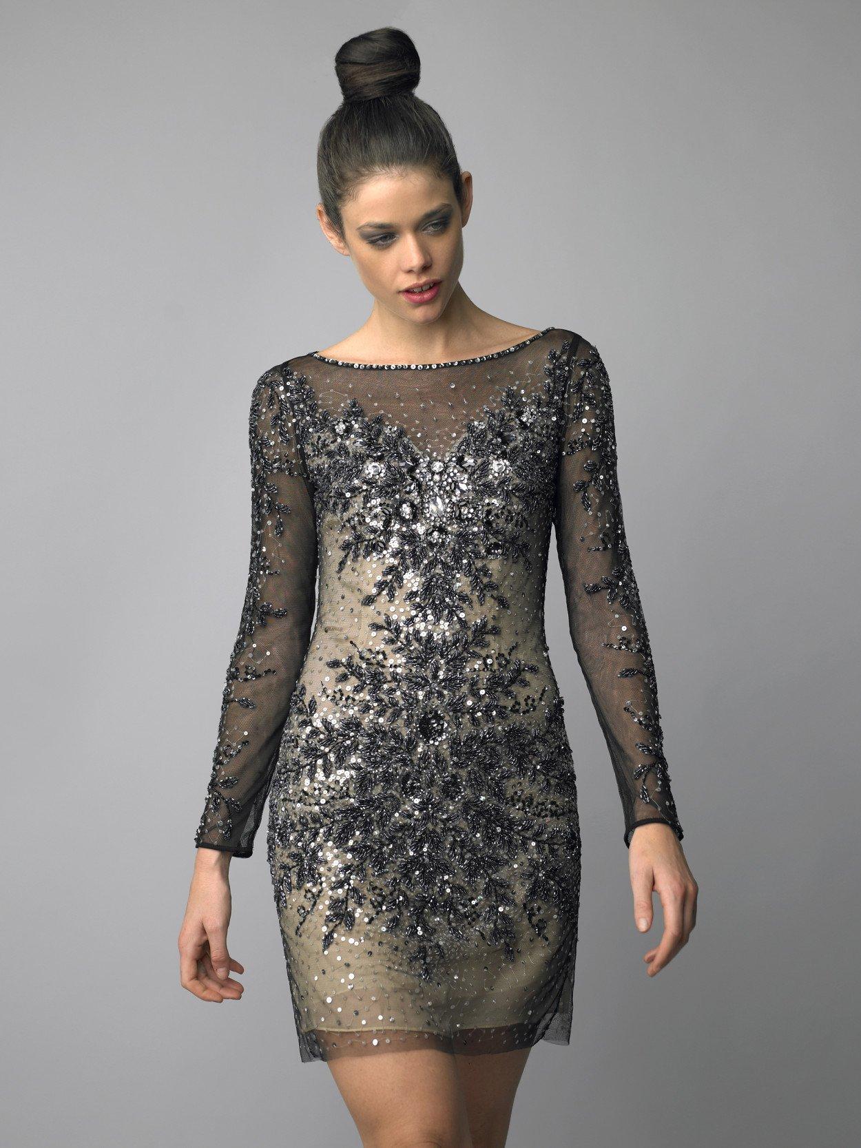 Вечернее платье до середины