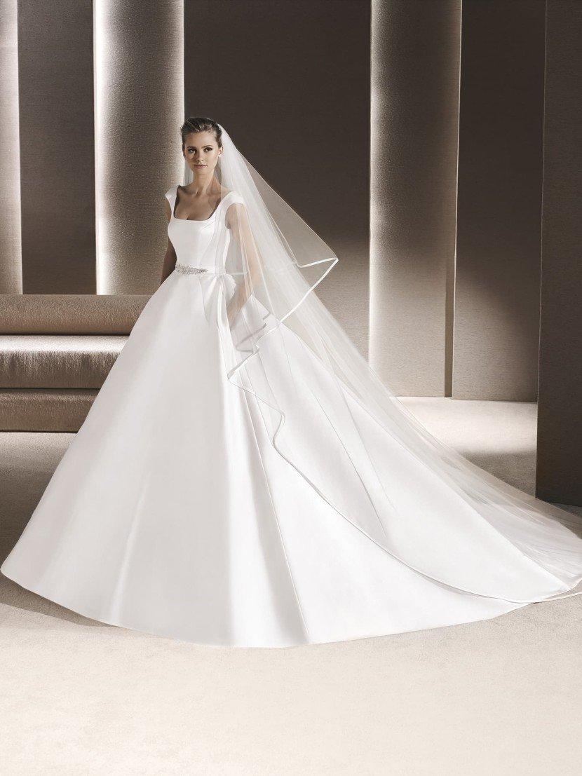Свадебное платье пышного силуэта для самой роскошной церемонии.