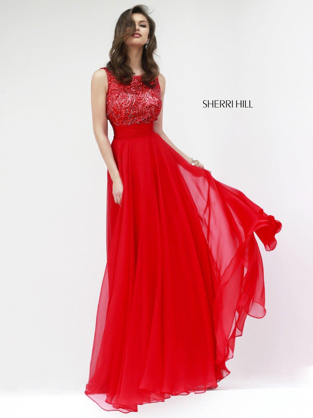 Фото красного выпускного платья с цветами