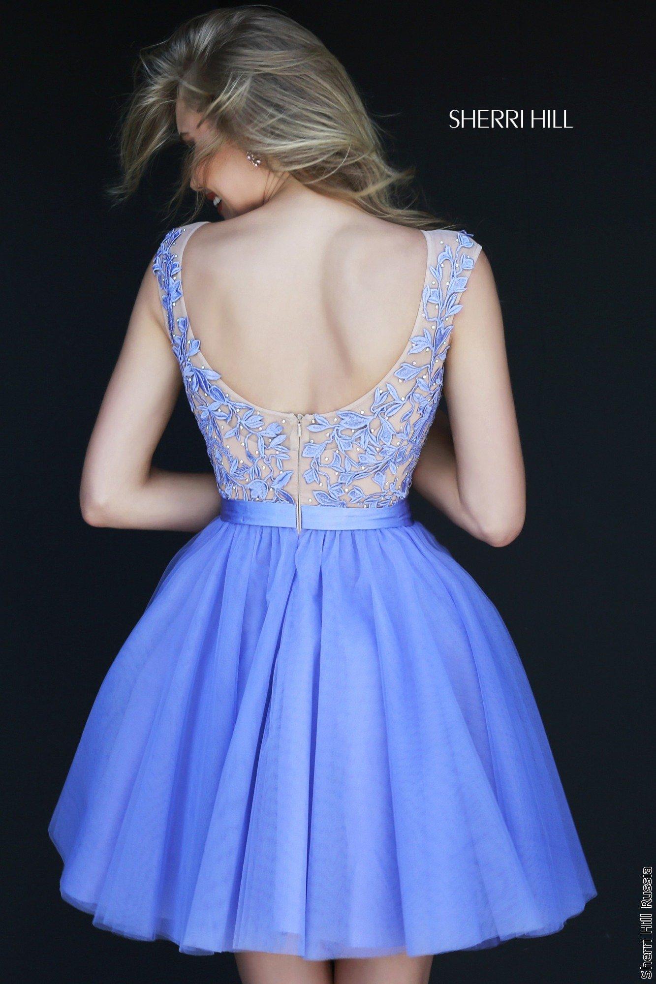 Платье на выпускной короткое с открытой спиной