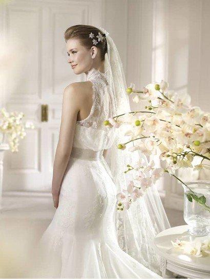 Эффектное белое кружевное свадебное платье силуэта «русалка». ➌ Примерка и подгонка платьев  ✆ +7 495 627 62 42 ★ Салон Виктория Ⓜ Арбатская Ⓜ Смоленская