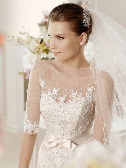 Красивое свадебное платье со шлейфом и рукавами в три четверти. ➌ Примерка и подгонка платьев  ✆ +7 495 627 62 42 ★ Салон Виктория Ⓜ Арбатская Ⓜ Смоленская