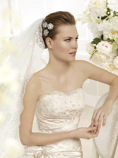 Свадебное недорогое платье в стиле русалка.
