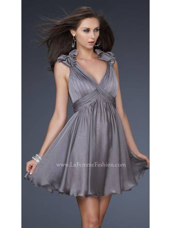 коктейльное платье из шифона с эффектом «муар».