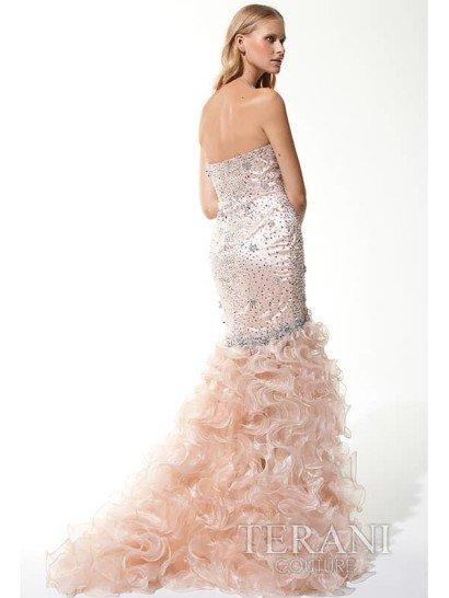 открытое длинное вечернее платье ретро.