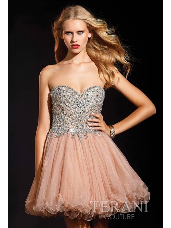 красивое коктейльное платье для выпускного вечера.