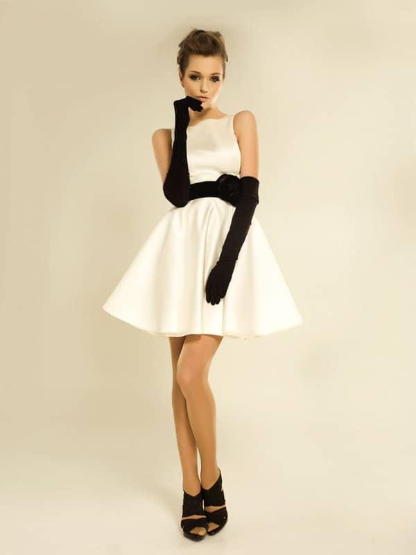 Очаровательное короткое свадебное платье Жаклин.