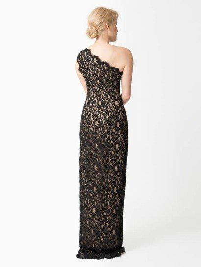 Кружевное платье с бретелью через одно плечо.