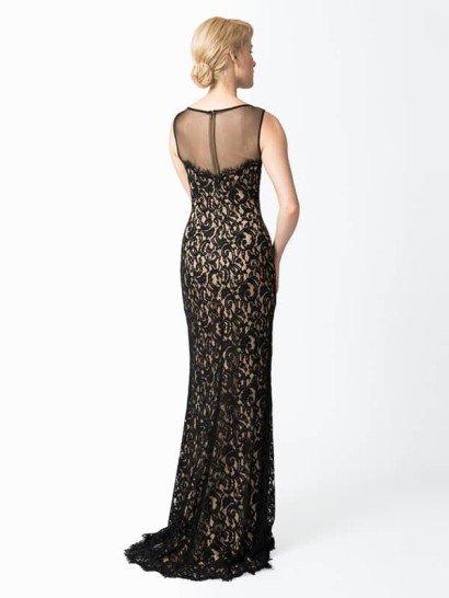 Кружевное коктейльное платье с прозрачной сеткой.