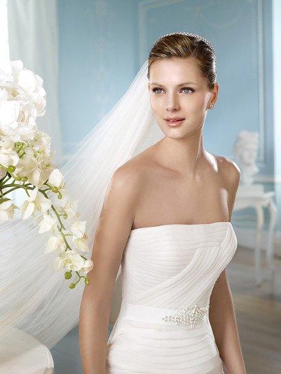 Стильное необычное свадебное платье русалка.