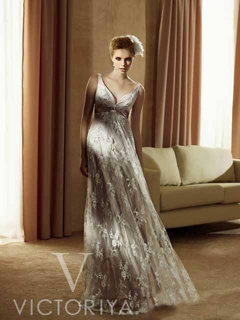 Недорогое свадебное платье за 10000 руб.