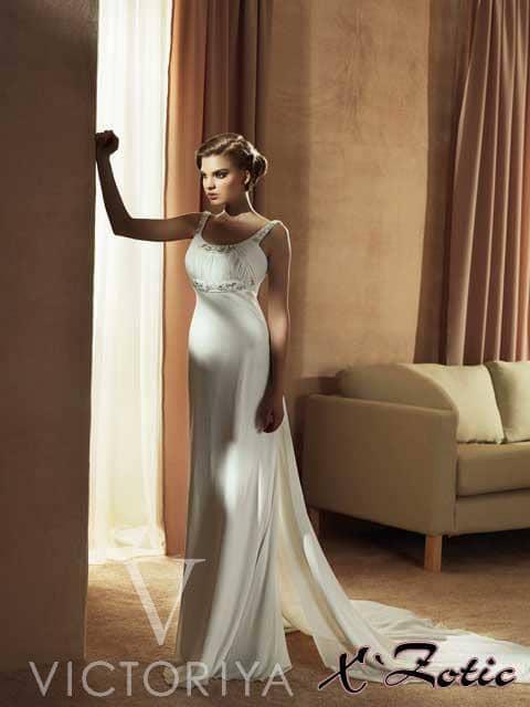Недорогое свадебное платье создаст нежный и романтичный образ для юной невесты.