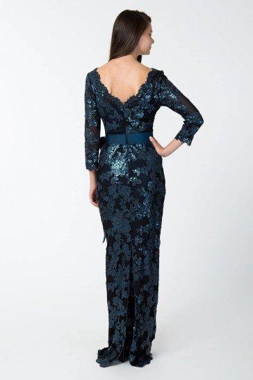 Коктейльное платье с блестками.