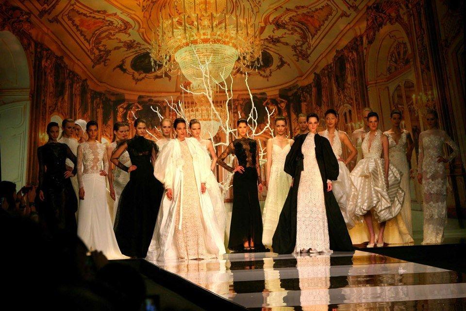 Показы новой коллекции свадебных платьев с успехом прошли на неделях свадебной моды в Лондоне и Нью-Йорке, Милане и Барселоне