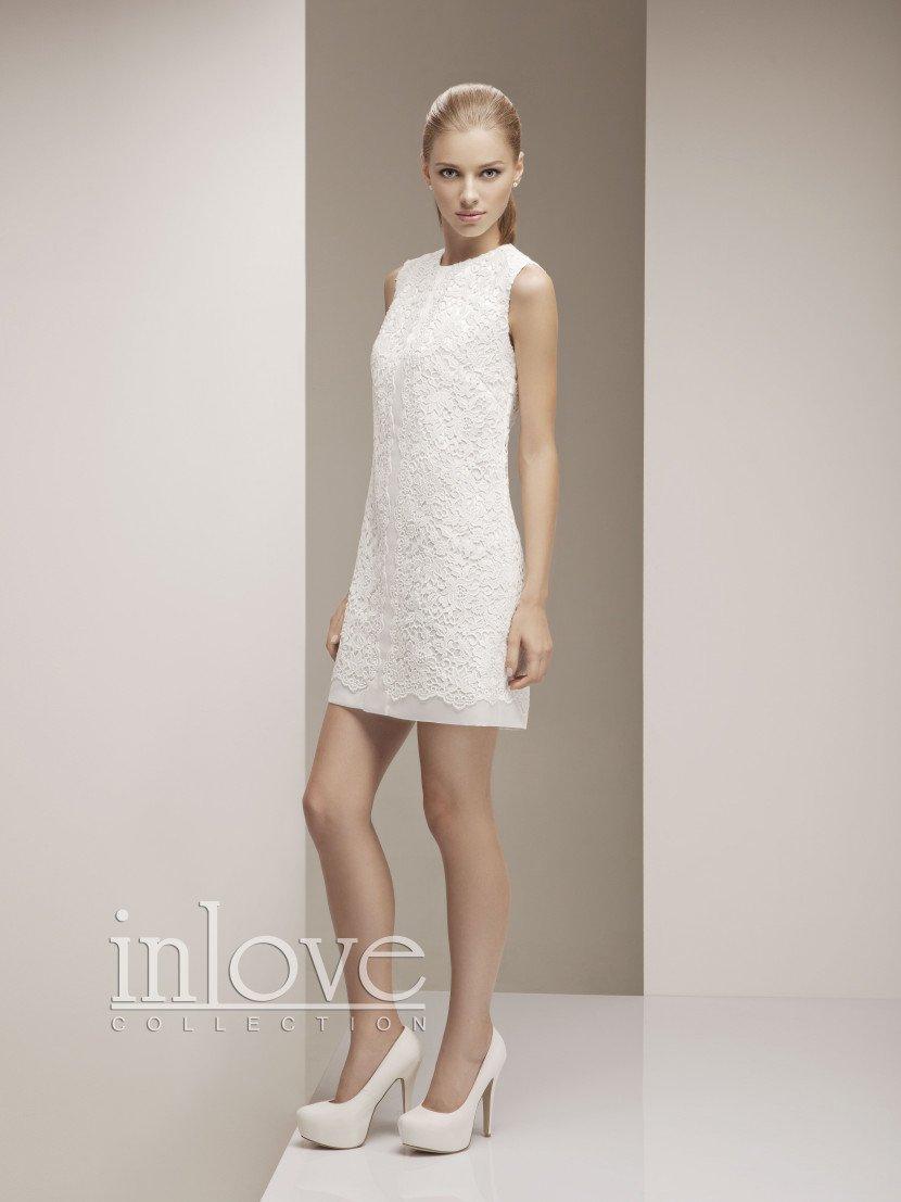 Очень короткое свадебное платье Эрин.