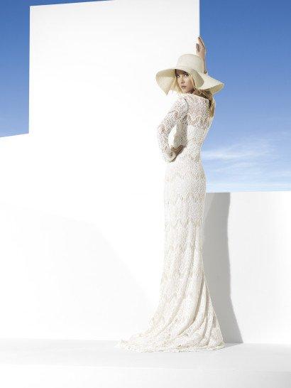 Кружевное свадебное платье с рукавами Tobago by Yolan Cris.