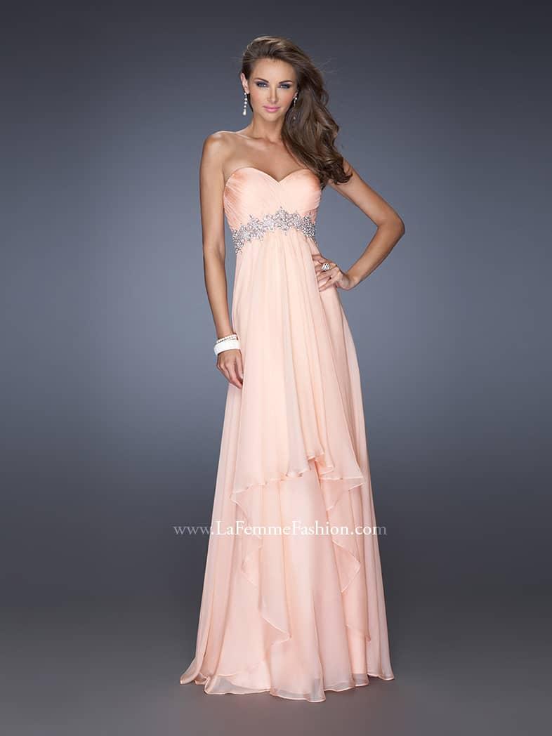 Вечернее платье в стиле ампир.