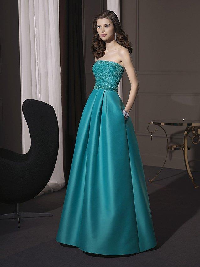 Стильное вечернее платье цвета морской волны.