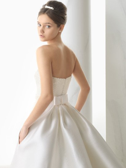 Атласное свадебное платье 2015.