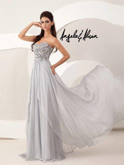 Вечернее платье для выпускного.