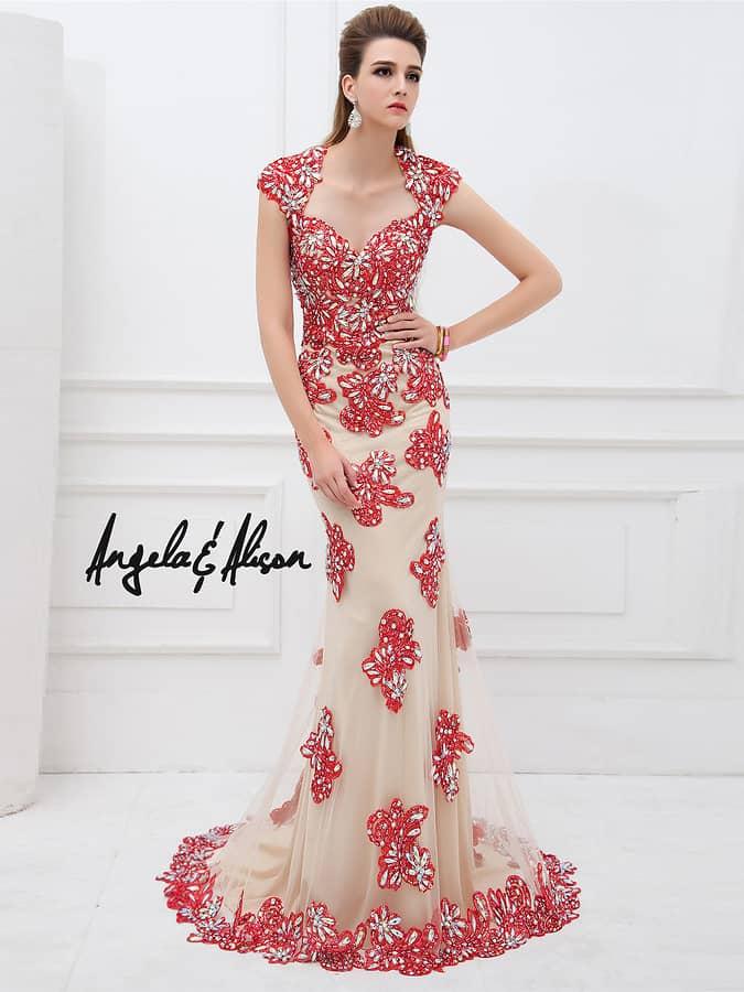 Облегающее вечернее платье русалка.