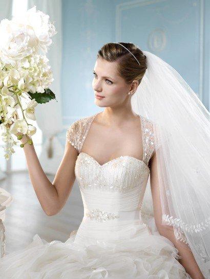 Изумительное свадебное платье.