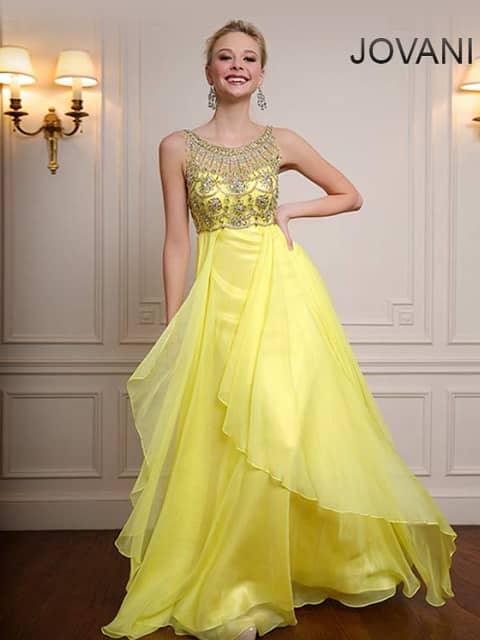 Легкое вечернее платье на выпускной.