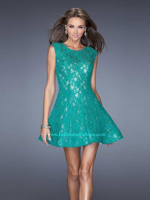 Идеальное коктейльное платье.