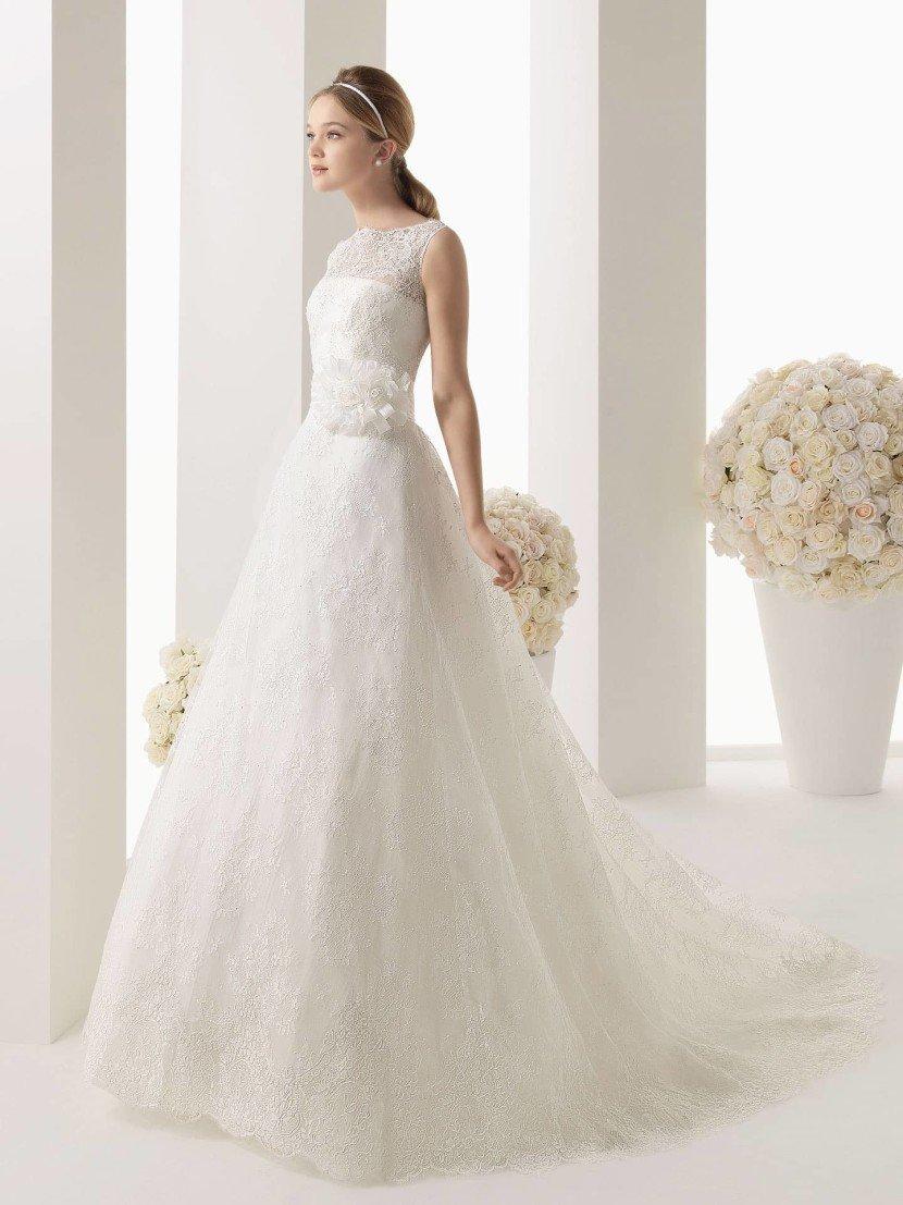 пышное свадебное платье.
