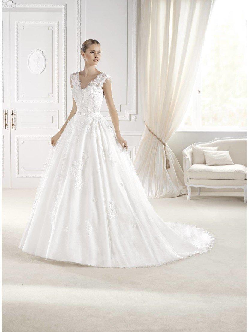 Свадебное платье Elilia от La Sposa 2015.