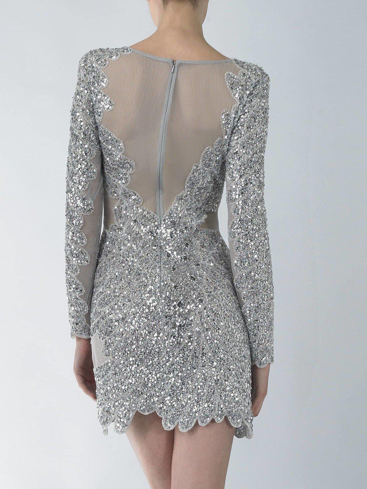 Пошитое платье если вы видите в ночных грезах уже пошитое платье, значит, наяву вы заключите выгодную сделку или договор.