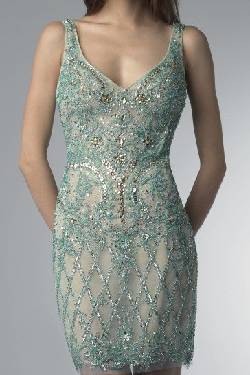 Открытое коктейльное платье.