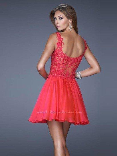 Красное короткое вечернее платье La Femme 20672.