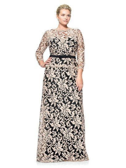 Красивое вечернее платье с крупным узором.