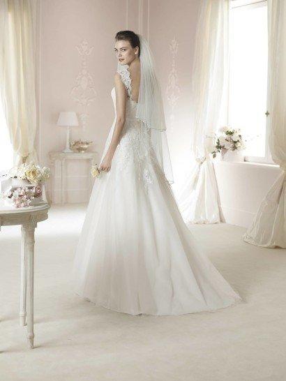 Свадебное платье А-силуэта White One DAERON.