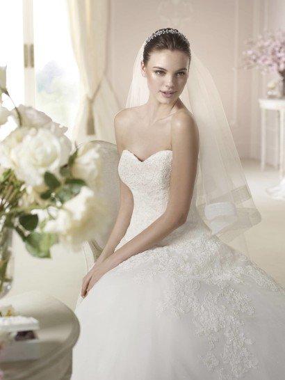 Открытое свадебное платье Darlene от White One 2015.