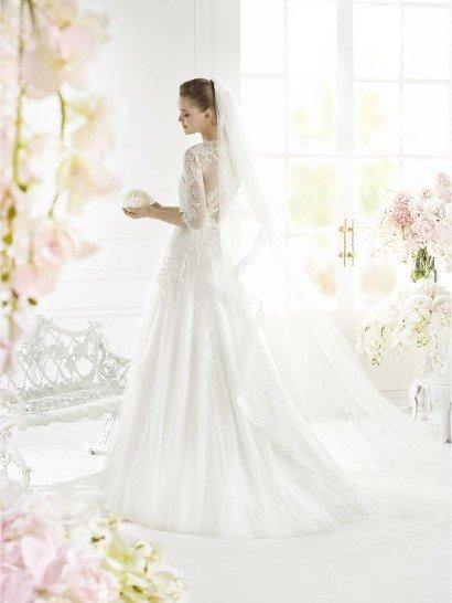 Свадебное платье А-силуэта GALILA от Avenue Diagonal.