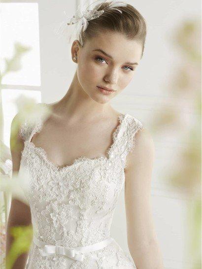 Нежное свадебное платье А-силуэта GEA от Avenue Diagonal в салоне Виктория! ✆ +7 495 6276242