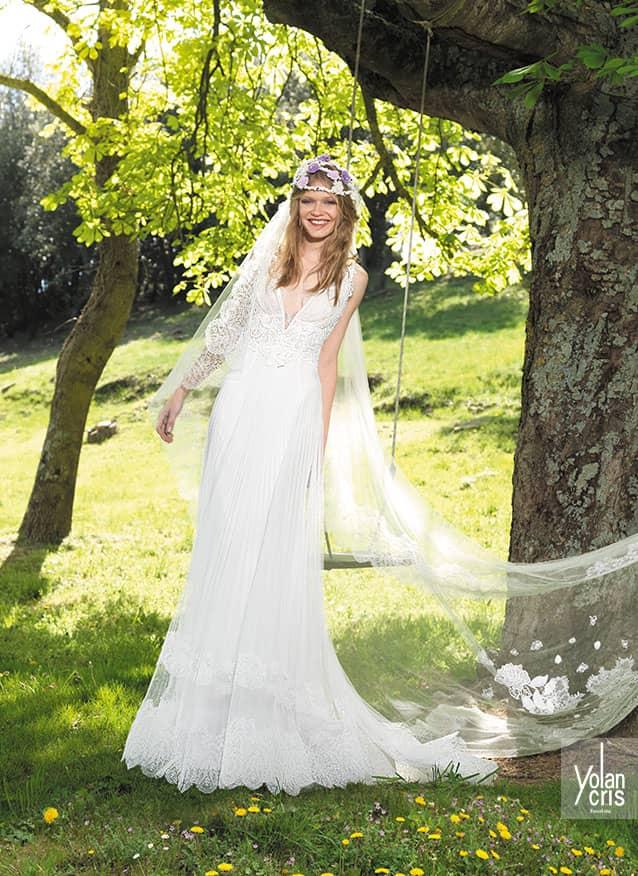 Свадебные платья на природу