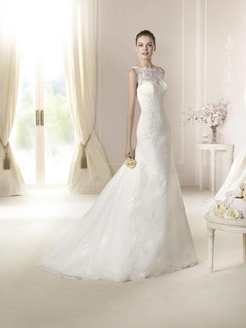 Закрытое свадебное платье русалка DASHA от White One.