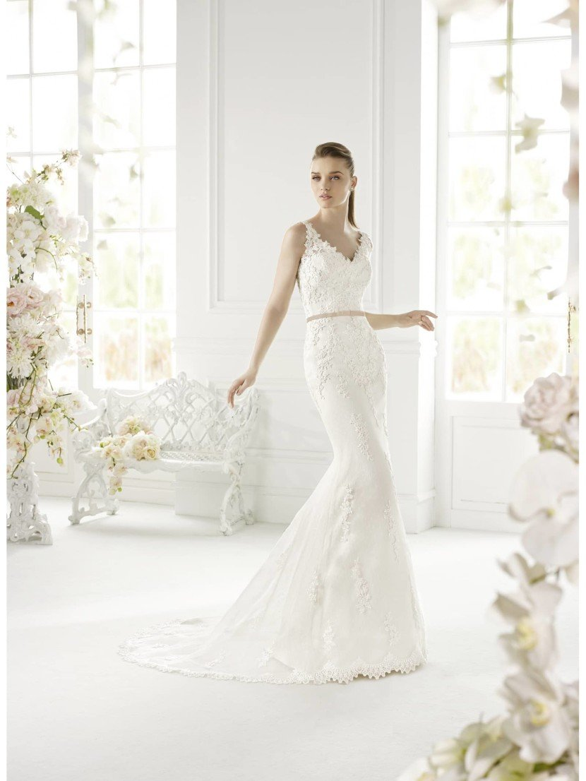 Свадебное платье силуэта Русалка Ginna от Avenue Diagonal 2015 в салоне Виктория! ✆ +7 495 6276242