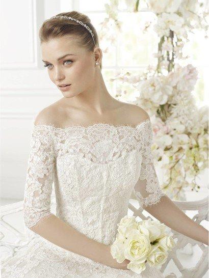 Свадебное платье A-силуэта Gisa от Avenue Diagonal 2015.