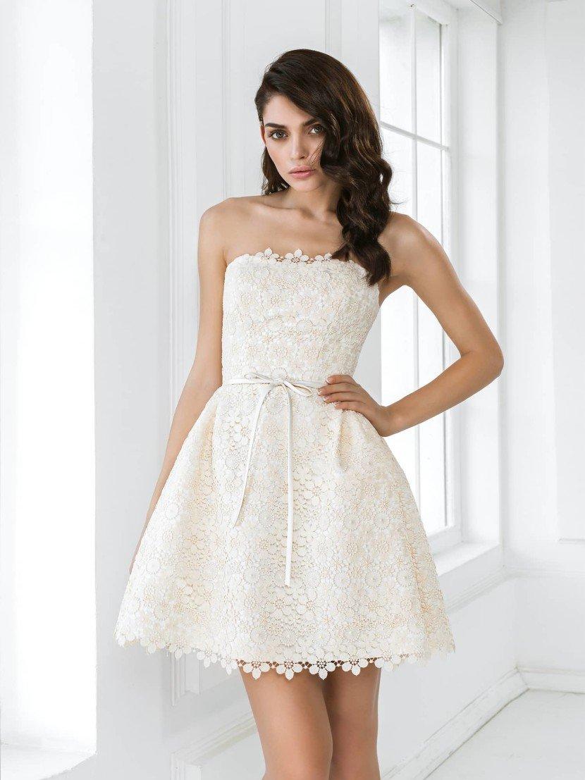 Очень короткое свадебное платье Алана.