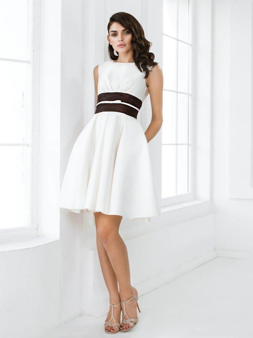 Короткое белое платье на выпускной 2015.
