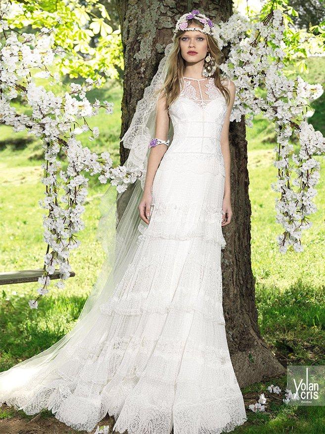 Закрытое свадебное платье прямого кроя. ➌ Примерка и подгонка платьев  ✆ +7 495 627 62 42 ★ Салон Виктория Ⓜ Арбатская Ⓜ Смоленская