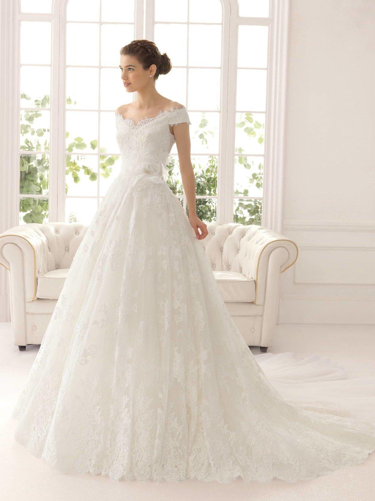 Свадебное Платье С Кружевом Купить