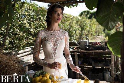 Свадебное платье с рукавами 1526 Berta Bridal.