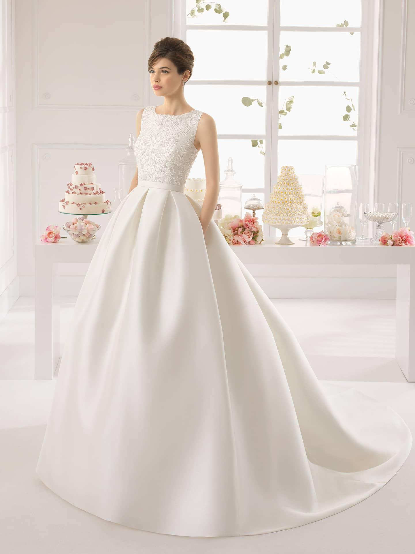 Свадебные платья без кружев