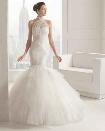 Классическое свадебное платье-русалка.